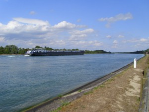 Rhein-Schlepper