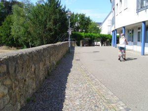 DSCI1098-alte Stadtmauer-kl